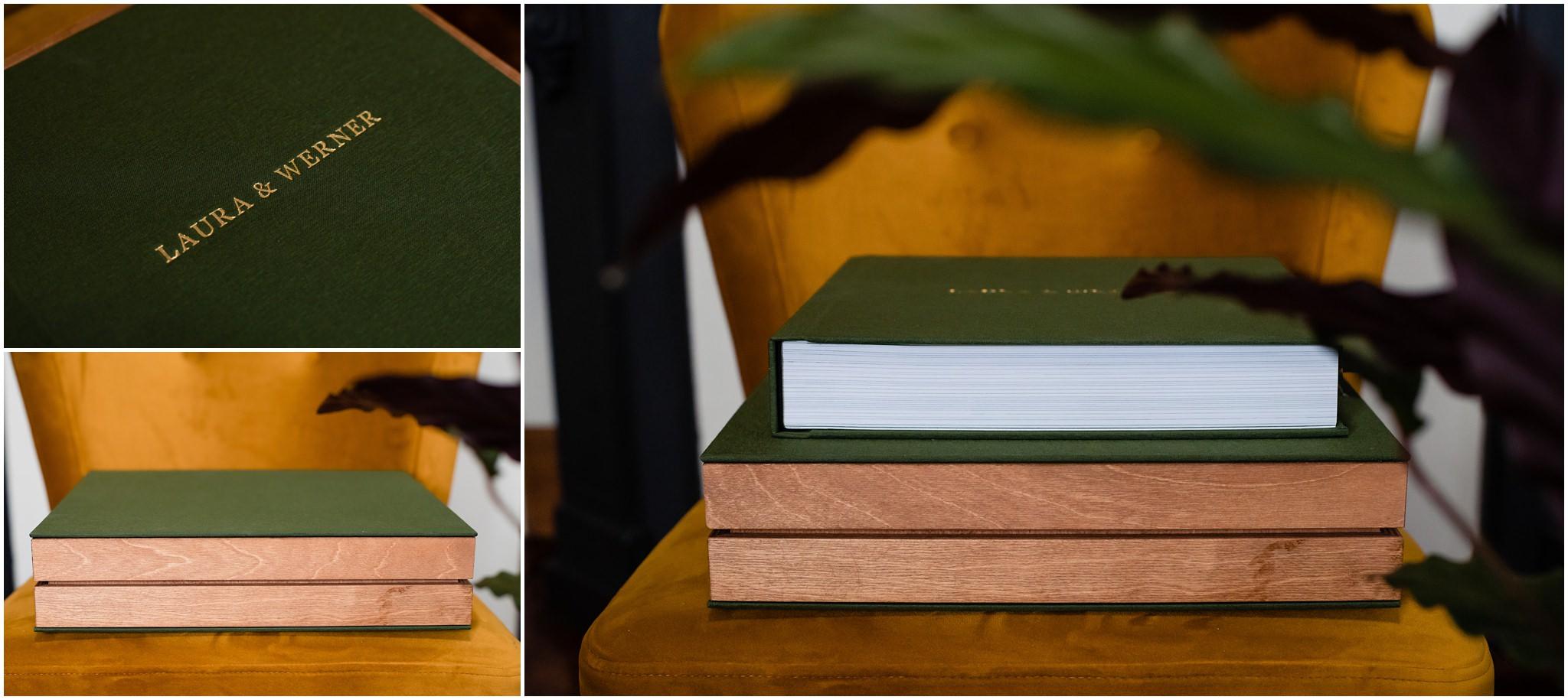 Groen trouwalbum met gouden opdruk