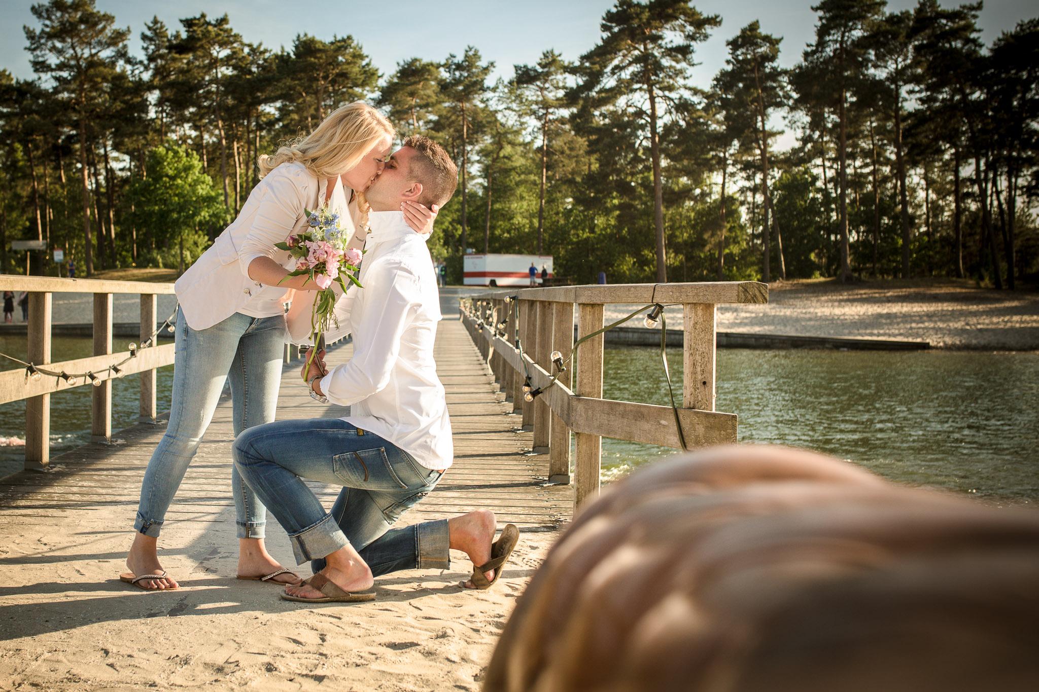 Huwelijksaanzoek laten fotograferen